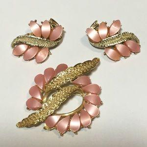 Vintage Pink Goldtone Brooch and Earrings set